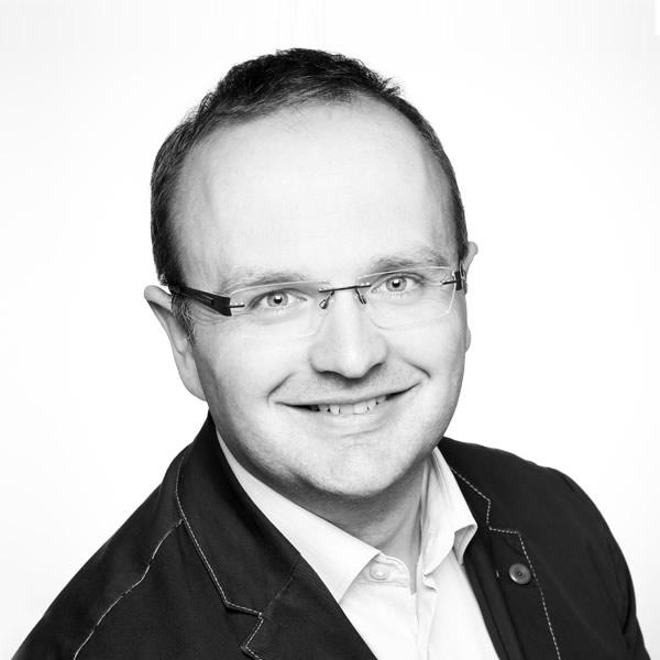 Dr. Dirk Simonis